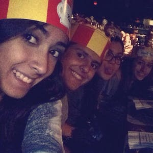 Teens no Medieval Times
