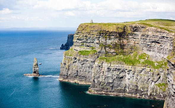 shutterstock_270092588_Cliffs-of-Moher-in-Ireland_cut