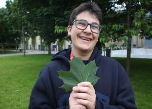 Gui was falling in love with the leaf.