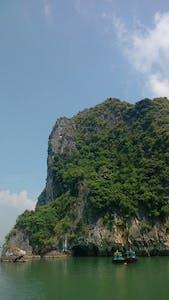 A Baía de Ha Long é uma das 7 novas maravilhas do mundo moderno. Vai perder?