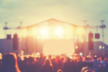O que só os fanáticos por festivais de música sabem sobre o lado B das festas pelo mundo!