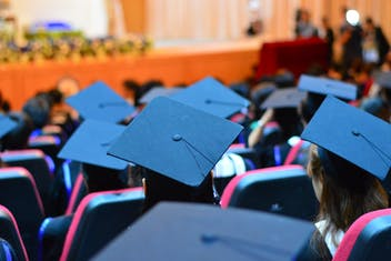 Destinos favoritos dos brasileiros para graduação no exterior