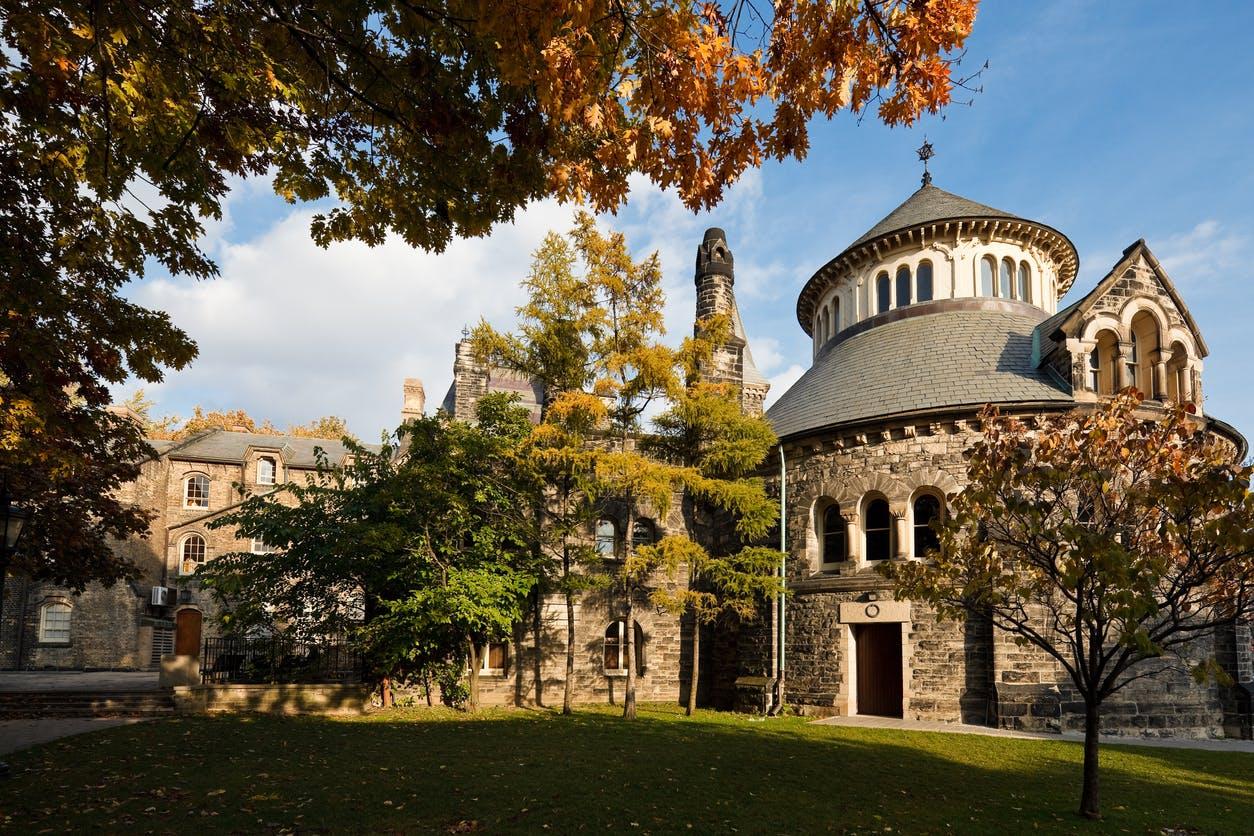 Universidade de Toronto