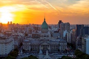 Visão aérea de um por do sol em Buenos Aires, Argentina.