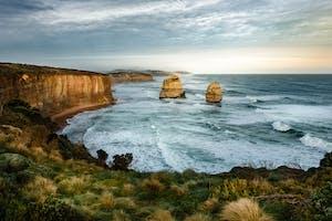 The Twelve Apostles em Port Campbell, Austrália, um dos pontos turísticos da cultura australiana.